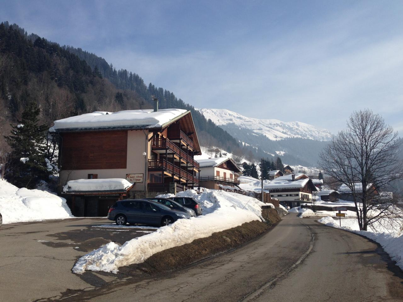areches 3