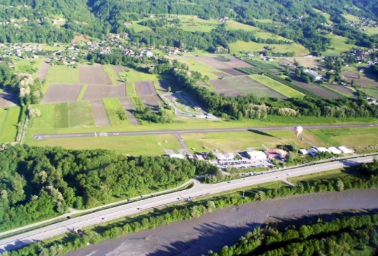 Aérodrome Tournon Taxi 06.49.28.94.52
